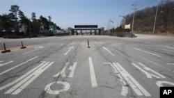 경기도 파주 남북출입사무소로 향하는 도로. (자료사진)