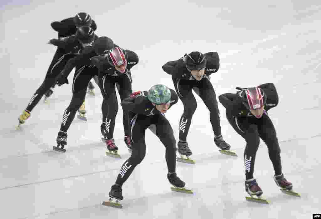 اعضای تیم ملی المپیک زمستانی آمریکا در سوچی روسیه، ۳۱ ژانویه ۲۰۱۴