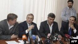 Владимир Рыжков, Михаил Касьянов, Борис Немцов, Владимир Милов (архивное фото)