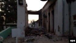 """Serangan bom AS menghancurkan rumah sakit di kota Kunduz, Afghanistan, yang dikelola oleh organisasi bantuan media Medecins Sans Frontieres (MSF) atau """"Dokter Tanpa Tapal Batas"""" (3/10)."""