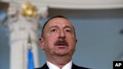 Ільхам Алієв - незмінний президент Азербайджану з 2003 р., коли здобув посаду після смерті батька, Гейдара Алієва