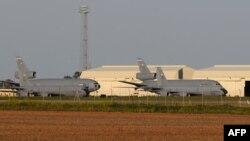Pesawat-pesawat tempur AS di pangkalan udara Moron, dekat Sevilla, Spanyol (foto: dok). Spanyol sepakat mengizinkan kehadiran militer AS di pangkalan udara mereka.
