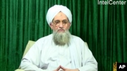 ນາຍ Ayman al-Zawahiri ຜູ້ນໍາກຸ່ມ ອາລກາອິດາ ປາກົດໂຕຢູ່ໃນຮູບວີດີໂອ ທາງແວັບໄຊທ໌ ອິສລາມ. ວັນທີ 12 ກຸມພາ 2012.