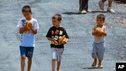 آرشیف: اطفال سوری که به خاطر ناامنی های اخیر از منازل شان بیجا شده اند.