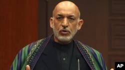 Tổng thống Afghanistan Hamid Karzai thành lập Hội đồng Hòa bình vào năm 2010 trong nỗ lực khởi sự đối thoại với nhóm Taliban