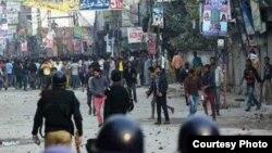 یوحنا آباد میں دہشت گردی کے بعد پولیس صورت حال کو کنڑول کررہی ہے، فائل فوٹو
