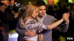 Tango terapija se primjenjuje među srčanim bolesnicima u jednoj bolnici u Buenos Airesu