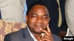ທ່ານ Hakainde Hichilema ຜູ້ນຳພັກຝ່າຍຄານ United Party for National Development ທີ່ເອີ້ນຫຍໍ້ວ່າ UPND ຂອງປະເທດແຊມເບຍ.