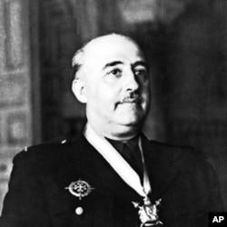 西班牙内战中试图推翻马德里民主政府的弗朗西斯科.佛朗哥