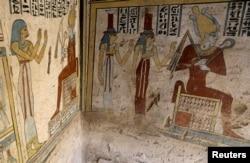 عکس از نقاشی های مقبره «توتو» - ۵ آوریل ۲۰۱۹