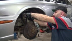 In US Town That Embraces Refugees, Auto Shop Business Flourishes