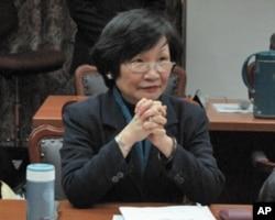 台湾国立故宫博物院院长周功鑫5月16日立法院接受质询