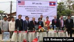 Handover ceremony Laos