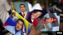 El presidente de Venezuela, Hugo Chávez, realizó el viernes una caminata de 10 minutos por prescripción médica.