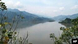 三峽水庫蓄水後在高陽形成的湖泊