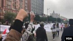 2018年10月22日,江西鄱陽縣村民遊行抗議焚燒垃圾發電項目(抗議者提供視頻截圖)