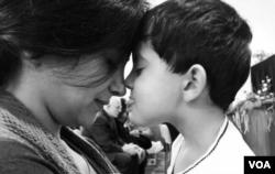 شکیبا فقاهتی و فرزندش راستین مقدم، دو جانباخته هواپیما اوکراینی