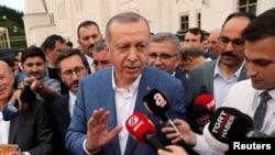 លោកប្រធានាធិបតីតួកគី Tayyip Erdogan ថ្លែងទៅកាន់សារព័ត៌មាន នៅក្នុងក្រុងស៊ីស្តង់ប៊ុល ប្រទេសតួកគី កាលពីថ្ងៃទី៤ ខែមិថុនា ឆ្នាំ២០១៩។