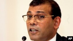 Former Maldives President Mohamed Nasheed speaks during a media briefing in Colombo, Sri Lanka, Jan. 22, 2018.