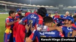 کراچی کنگز پہلی بار ٹائٹل جیتنے میں کامیاب ہوئی ہے۔