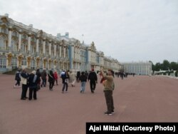 Management consultant Ajai Mittal visits St. Petersburg during a cruise of Baltic countries along with more than 50 college alumni.
