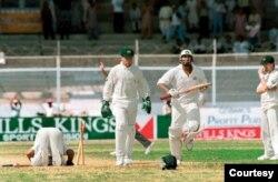 کراچی ٹیسٹ کے بعد آسٹریلوی کھلاڑی شین وارن، مارک وا اور ٹم مے نے سلیم ملک پر میچ فکسنگ کا الزام لگایا تھا۔