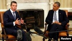 31일 백악관에서 회담한 바락 오바마 미국 대통령(오른쪽)과 아네르스 포그 라스무센 나토 사무총장.