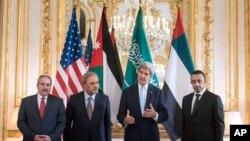 جان کېري د سعودي عربستان او متحده اماراتو د بهرنیو جارو له وزیرانو سره