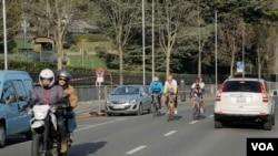 secretary of state John Kerry, cycling in Geneva02,