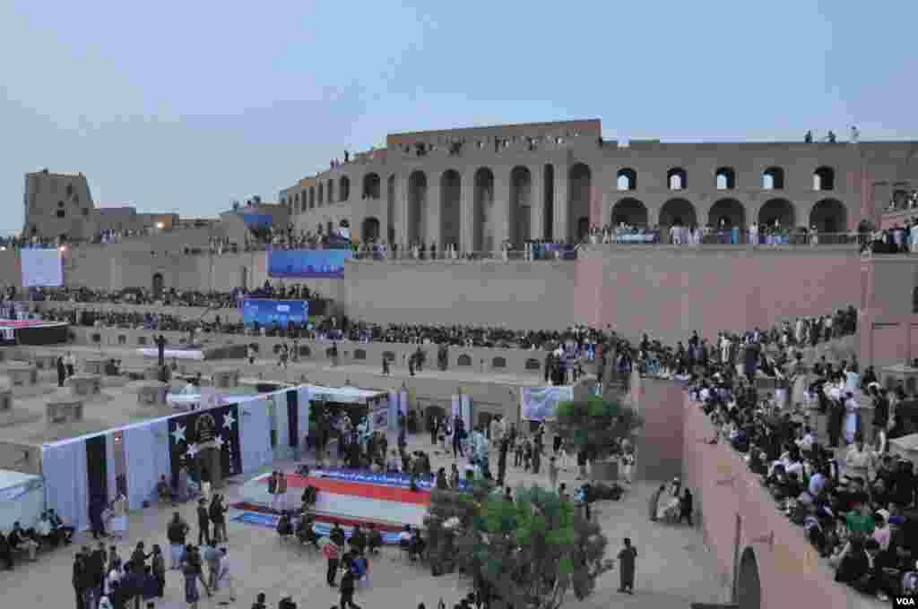 """از ۲۵ حمل یک سالگی """"روز هرات"""" در قلعۀ تاریخی اختیار الدین تجلیل به عمل آمد"""