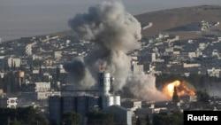Kobani posle jednog od vazdušnih napada Koalicije predvođene SAD