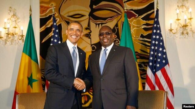 Les présidents Barack Obama et Macky Sall au palais présidentiel, à Dakar