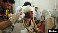 دھماکے کے زخمیوں میں بچے بھی شامل ہیں۔