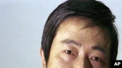"""因被控""""非法持有國家機密罪""""而入獄的四川維權人士黃琦6月10日刑滿獲釋,他堅持繼續開展維權工作。"""