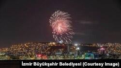 İzmir'de 23 Nisan kutlaması