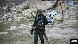 Misratadakı Liviyalı üsyançılar raket hücumlarına məruz qalıb