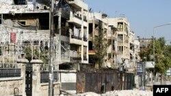 Oštećene zgrade u Alepu posle višemesečnih borbi između sirijskih pobunjenika i vladinih snaga