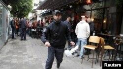 1일 이스라엘 텔아비브에서 괴한의 총격으로 1명이 숨지고 3명이 다쳤다.