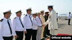 Rusiya hərbi gəmiləri Bakıya gəlib