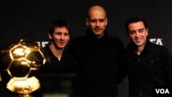 Josep Guardiola ganó el Balón de Oro 2011 como mejor director técnico masculino del año. Mientras que Messi fue el mejor jugador.