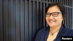 Aktivis hak perempuan Firliana Purwanti di Jakarta (5/9). (Reuters/Beh Lih Yi)