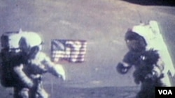 Astronauti, članovi misije Apolo 17, na Mesecu