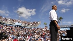 Tổng thống Obama tại cuộc vận động ở Delray, Florida, 23/10/12