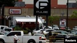 Saldırının ertesinde Pulse adlı gece kulübünün önü