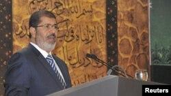 مصر کے صدر محمد مرسی (فائل)