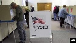 美國選民可以在投票日前夕到指定的投票站進行缺席投票(資料圖片)