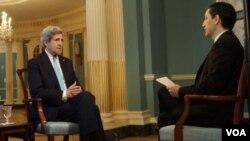 El jefe de la diplomacia estadounidense concedió una entrevista a la Voz de América.
