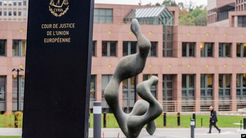Gjykata: Hungaria dhe Sllovakia nuk mund të bllokojnë kuotat për refugjatët