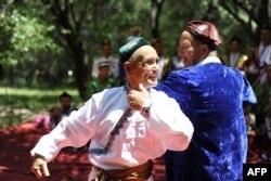 چین کی اقلیت ایغور مسلمانوں کو مبینہ طور پر حکومت کے سخت رویے کا سامنا ہے۔