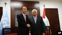 دیدار محمود عباس رئیس تشکیلات خودگردان فلسطینی (راست) و بان کی مون دبیرکل سازمان ملل متحد در رام الله -۰ اکتبر ۲۰۱۵